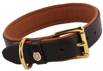 Otto Schumacher Hundehalsband Braun   Hundehalsband Braun aus der Nobelsattlerei Otto Schumacher. Tauchen Sie ein in die Welt der hochwertigen und handgefertigten Hundeaccessoires.