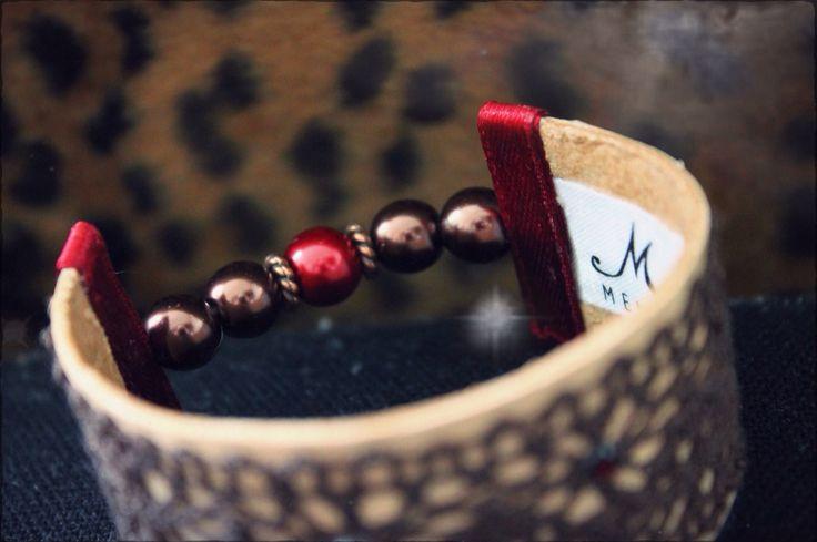 Leather bracelet by Memshe