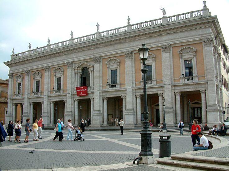 Los Museos Capitolinos en #Roma ofrecen valiosos tesoros de la antigua Roma y sus impactantes hallazgos arqueológicos.