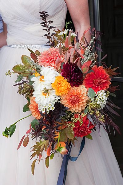 50 Bouquets Perfect For Fall Weddings