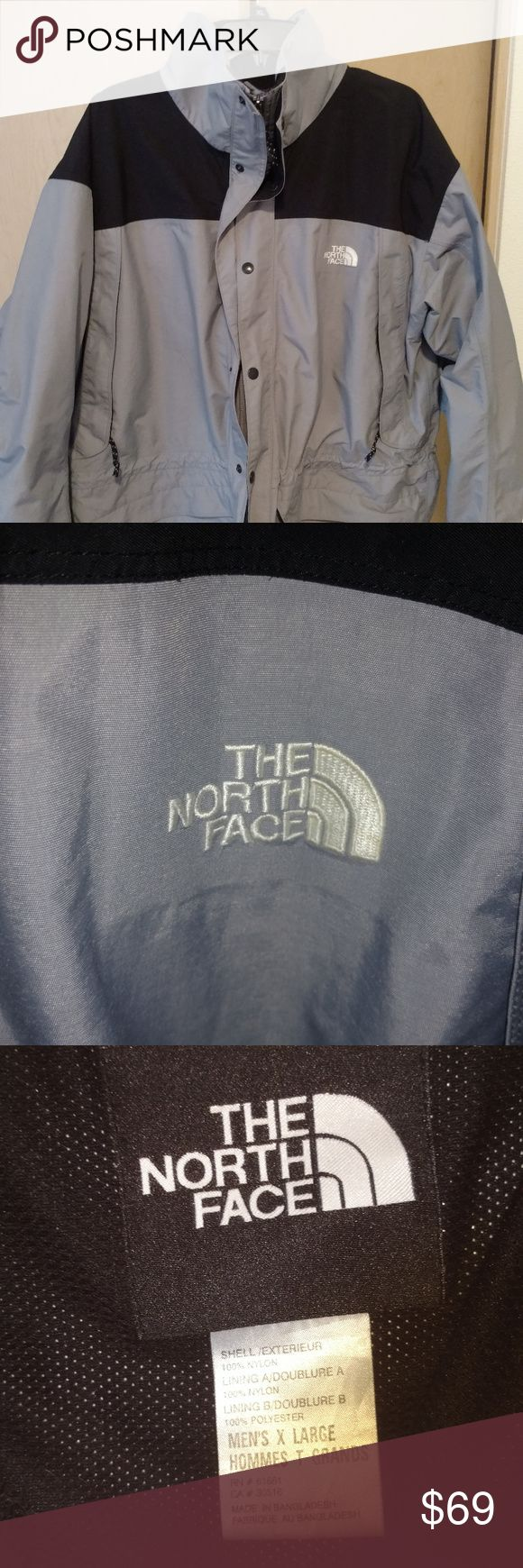 The North Face HyVent Men's Size XL Jacket With Ho This The North Face jacket is in good condition, it comes with a hood and is HyVent. The knitting near the label has an opening. The North Face Jackets & Coats Ski & Snowboard