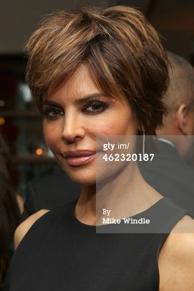 I THINK SHE HAS THICK HAIR, DON'T YOU? BUT THE HIGHLITES ARE KINDA NICE  News Photo: Lisa Rinna attends HBOs Post 2014 Golden Globe…