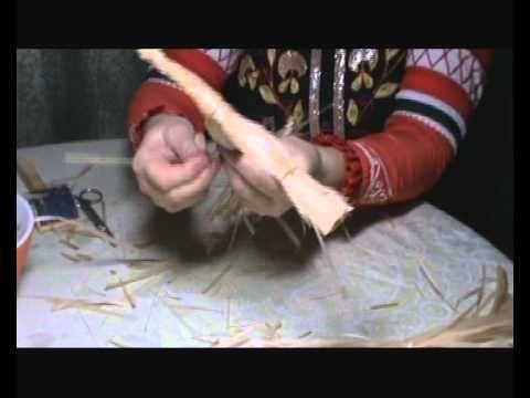 В данном видео-ролике мы научимся плести из мочала фигурку коня. Возникшие…