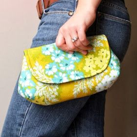 oh sew fresh: Free clutch pattern with tutorial!                              …