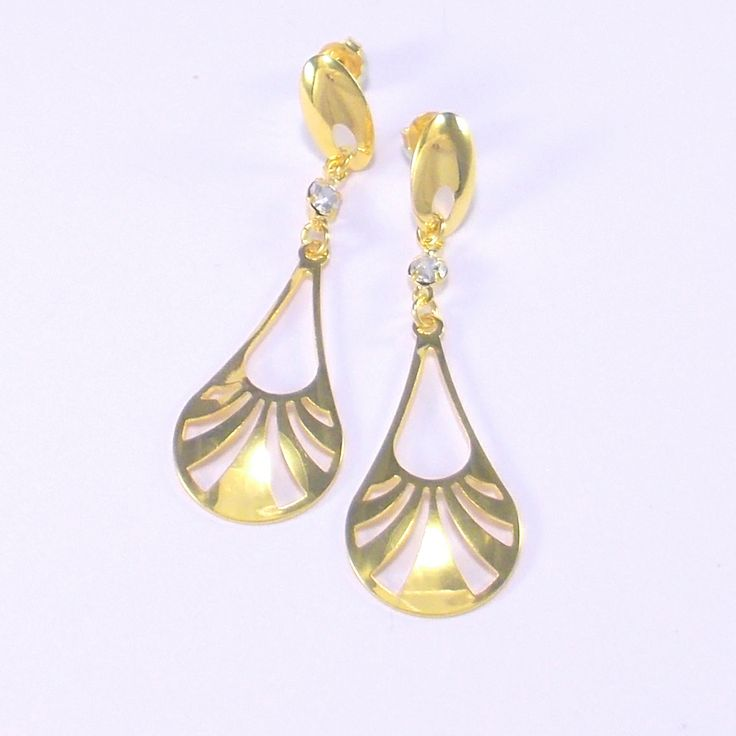 18ct Gold Plated Art Deco Motif Earrings with Strass Stone - £15  http://www.almojewellery.com/gold-plated-earrings/