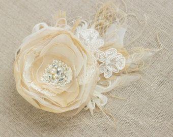 Capelli di nozze del fiore di nozze pezzo Champagne di LeFlowers