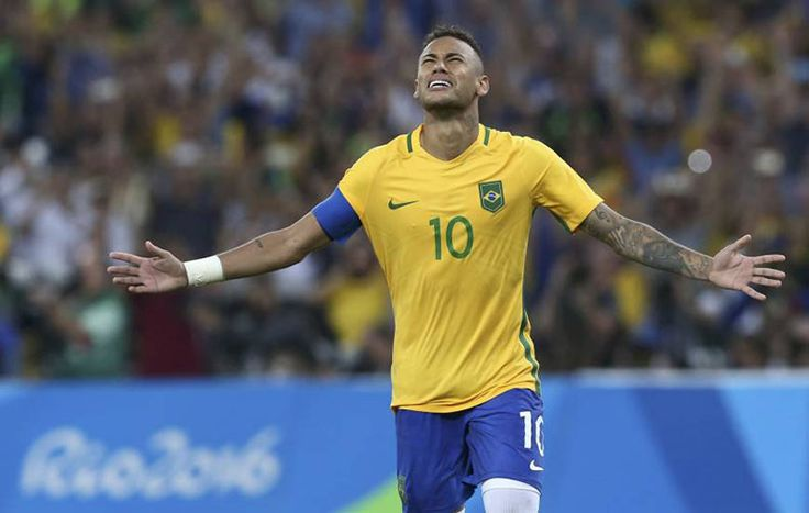 http://www.bigumbrella.co.in/sports/neymar-carried-the-football-gold-medal-to-brazil/ #sports   #rio2016   #soccer   #Brazil   #Germany   #Neymar   #penalty   #goldmedal   #Maracanastadium   #MaxmilianMeyer   #goalkeeper   #Weverton   #NilsPeterson