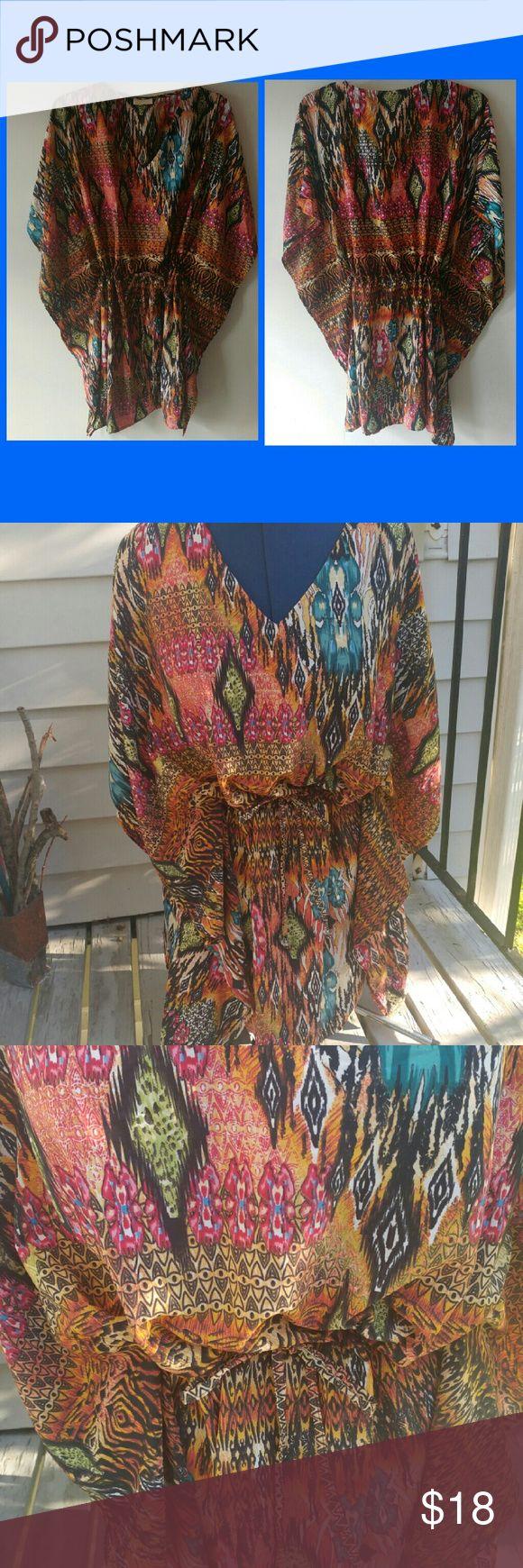 African Printed Short Caftan African Printed Short Caftan 100% Polyester Boutique Dresses