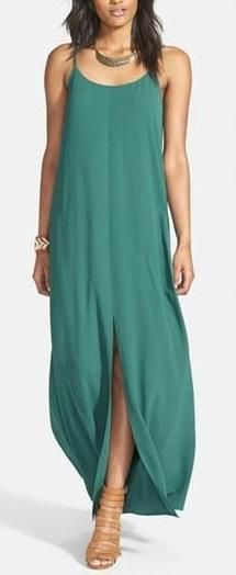 Solid summer dresses. This is really simple & beautiful.
