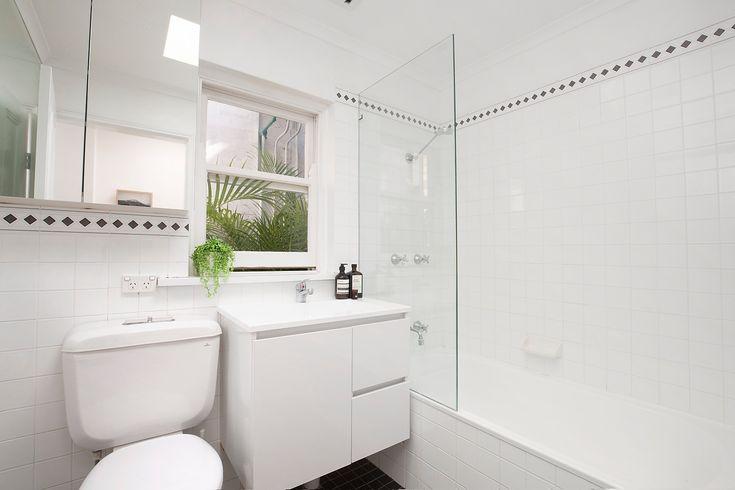 #Bathroom #Interiordesign #Interior #Design    #Forsale #Sale #Auction #Annandale #Property #Nature #white