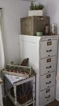 Rustic Farmhouse: Putting together a Studio/Office Love this painted file cabinet!!