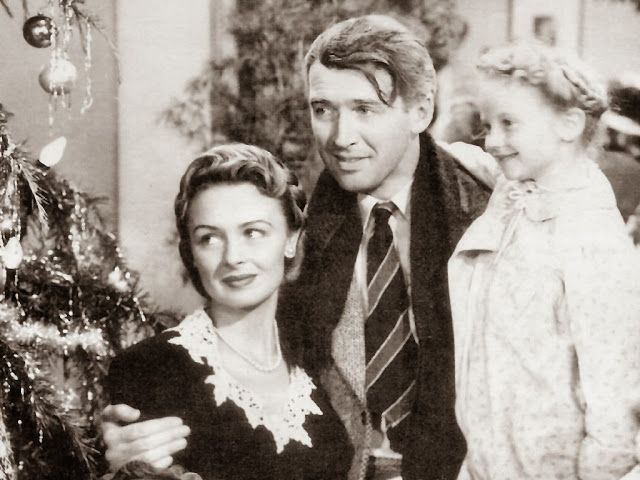 Advent Calendar: Christmas TV & Movies #christmas #familyhistory #adventcalendar