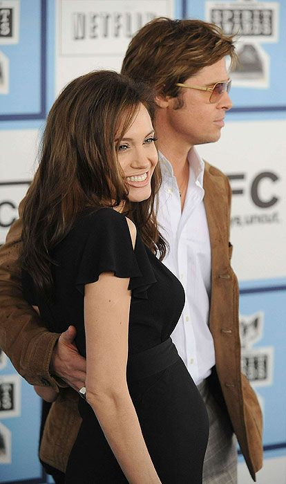 Brad Pitt and Angelina Jolie: Their love in pictures - Photo 8   Celebrity news in hellomagazine.com