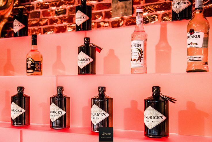 FERIATUS - Wedding - S&A - Gin - Back Bar - Bottles - Different Kinds - Theme - Table Names
