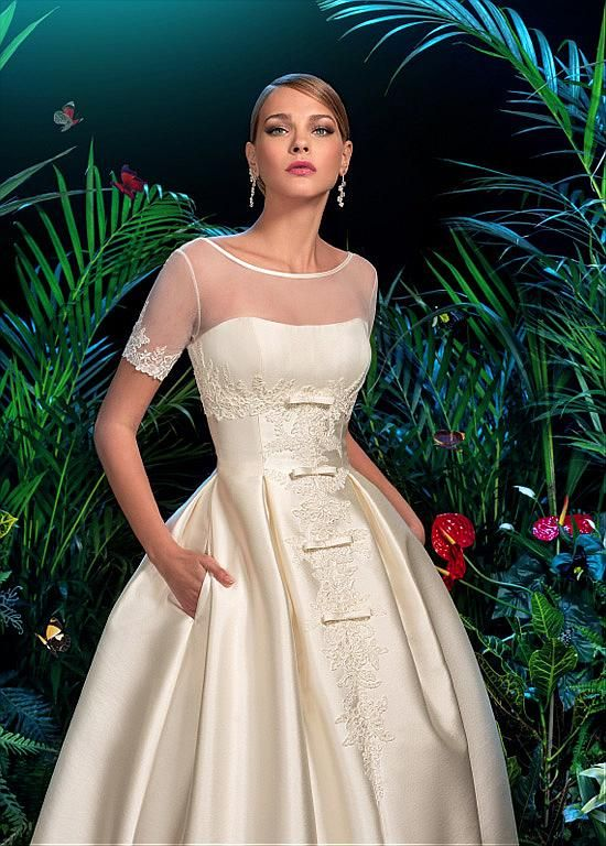 Elegant Satin & Tulle Bateau Neckline A-line Wedding Dress