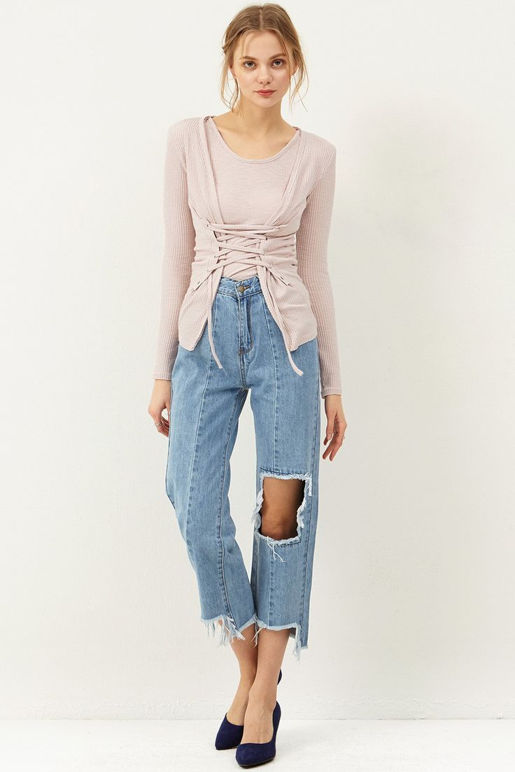 Carol Knee Cut Jeans Discover the latest fashion trends online at storets.com #cutoutjeans #kneecutoutjeans #jeans #kneejeans