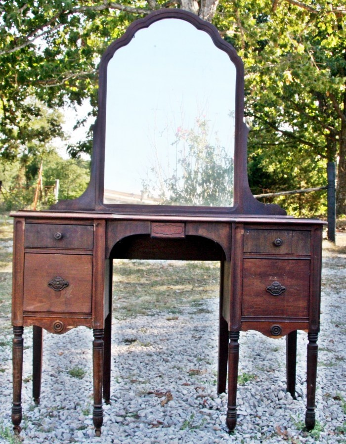 Antique Vanity From Houston Texas Photo by Samuel E. - 78 Best Antique Vanity Images On Pinterest Antique Furniture