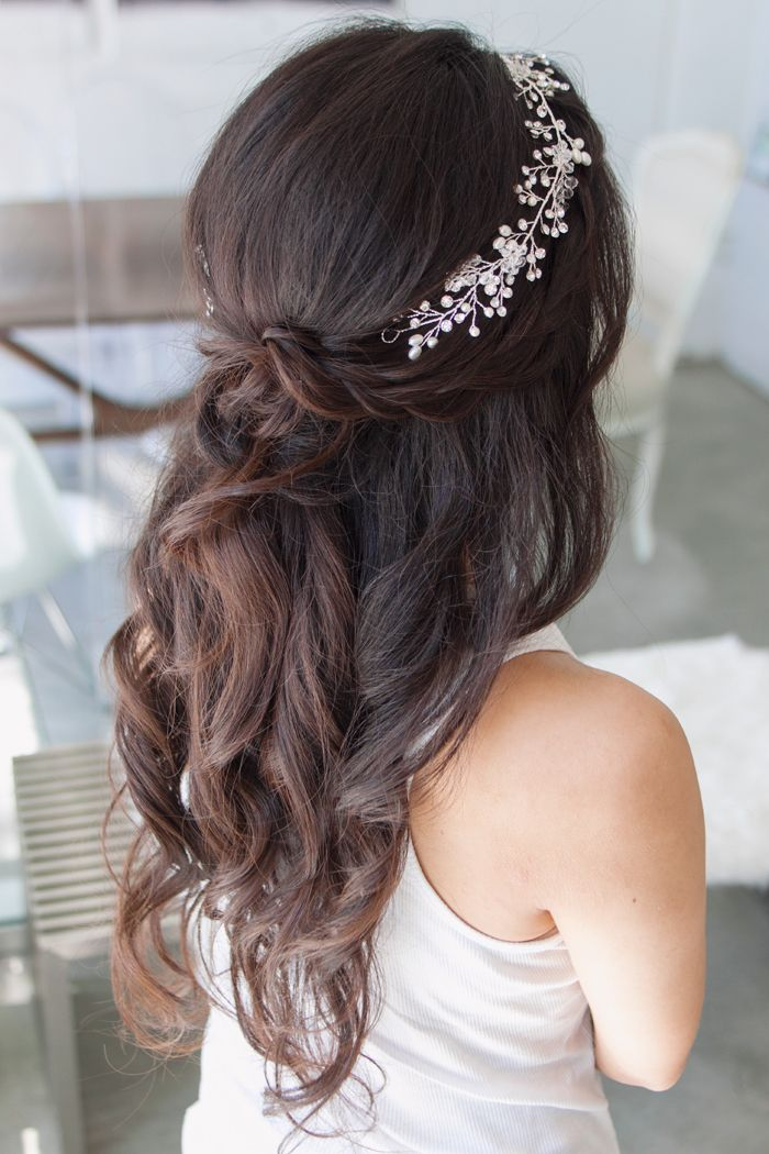 boho inspired hair with a twist by grace #kellyzhang #kellyzhangstudio #wedding …