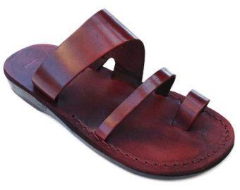 VENTA! Nuevas sandalias de cuero con tirantes. Zapatos para Mujeres y Hombres Chancletas Cintas Pisos Calzado de Diseñador Bíblico de Jesús Otro modelo hermoso de SANDALIM:  Este hermoso par de sandalias es una de nuestras favoritas.  ¡Son extremadamente hermosas, cómodas y muy resistentes!  ♥♥♥♥♥♥♥♥♥♥♥♥♥♥♥♥♥♥♥♥♥♥♥♥♥♥♥♥♥♥♥♥♥♥♥♥♥♥♥♥♥♥♥♥♥♥♥♥♥♥♥♥♥♥♥♥♥♥♥♥♥♥♥♥♥♥♥♥♥♥♥♥ Compre cualquier 3 pares de nosotros y obtener actualización gratuita para Envío Express…
