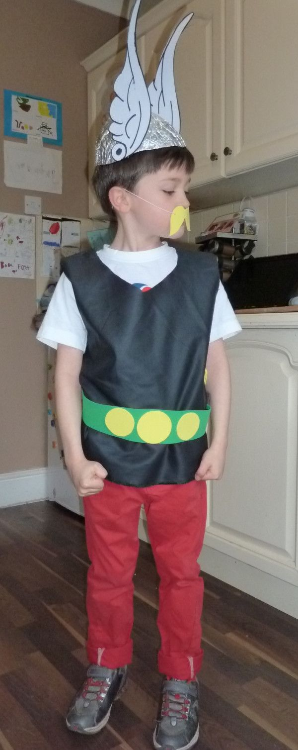 Jacob in his Asterix costume. Note turned head pose to best ... on Twitpic