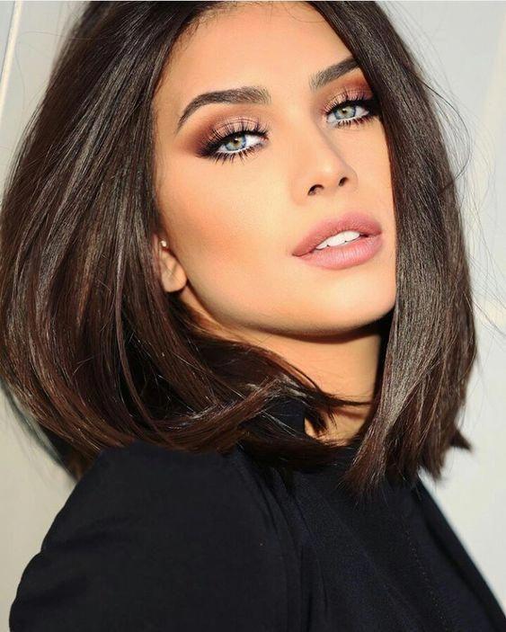 Stunning 40+ Christmas Makeup Looks Ideas #makeuptips. Stunning 40+ Christmas Makeup Looks Ideas #makeuptips Blue Eyes Brown Hair ...