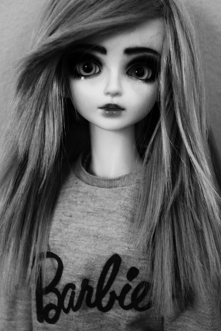 Lillian (Mystic Kids)  She's my first Ball Jointed doll in my collection of dolls.  I love her pretty face and big eyes.