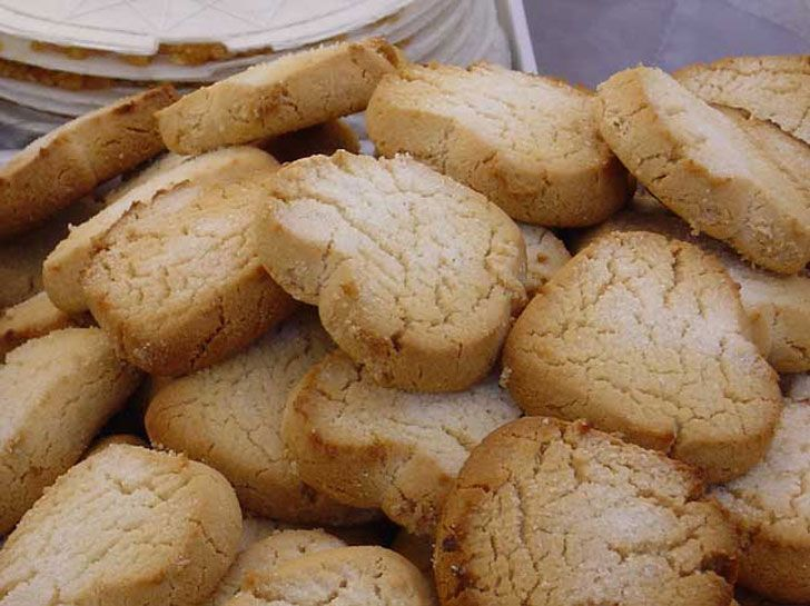 COPIADA. Los mantecados de canela son un dulce muy típico de estas fechas que se acercan y quedarás genial con familiares y amigos.
