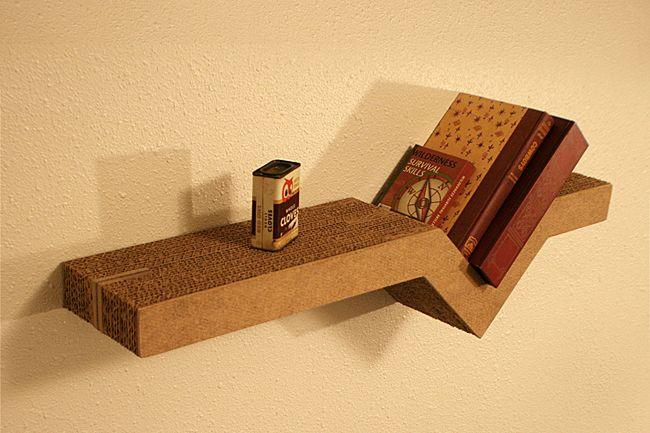Decoracion reciclada como hacer un estante de carton for Estantes de carton
