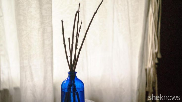 Homemade scented oil diffuser to scent your home for fall