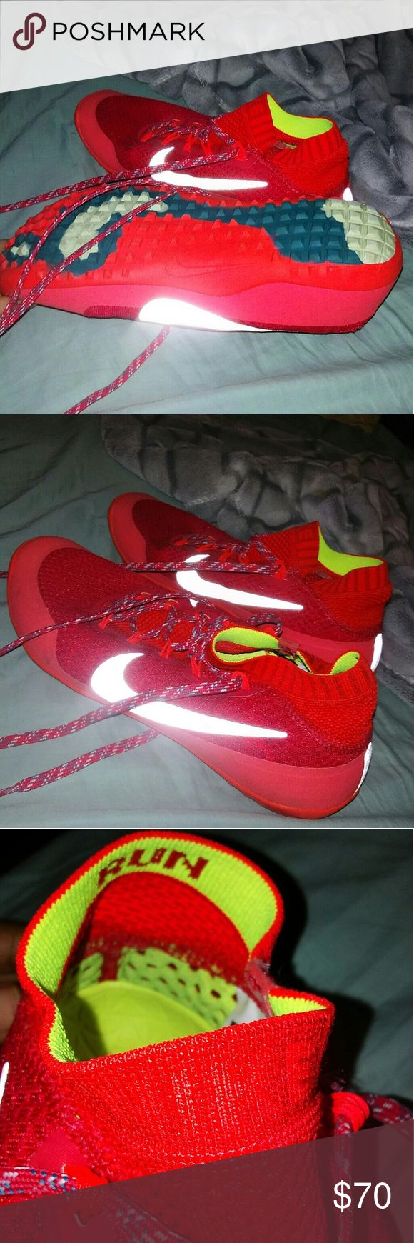 nike sprinting shoes only worn once for a 100 meter dash // honestly amazing shoes especially for s sprinter Nike Shoes Athletic Shoes