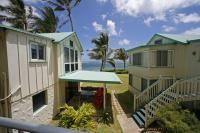 Beach Front Studio 201, Hauula condo, Oahu rental