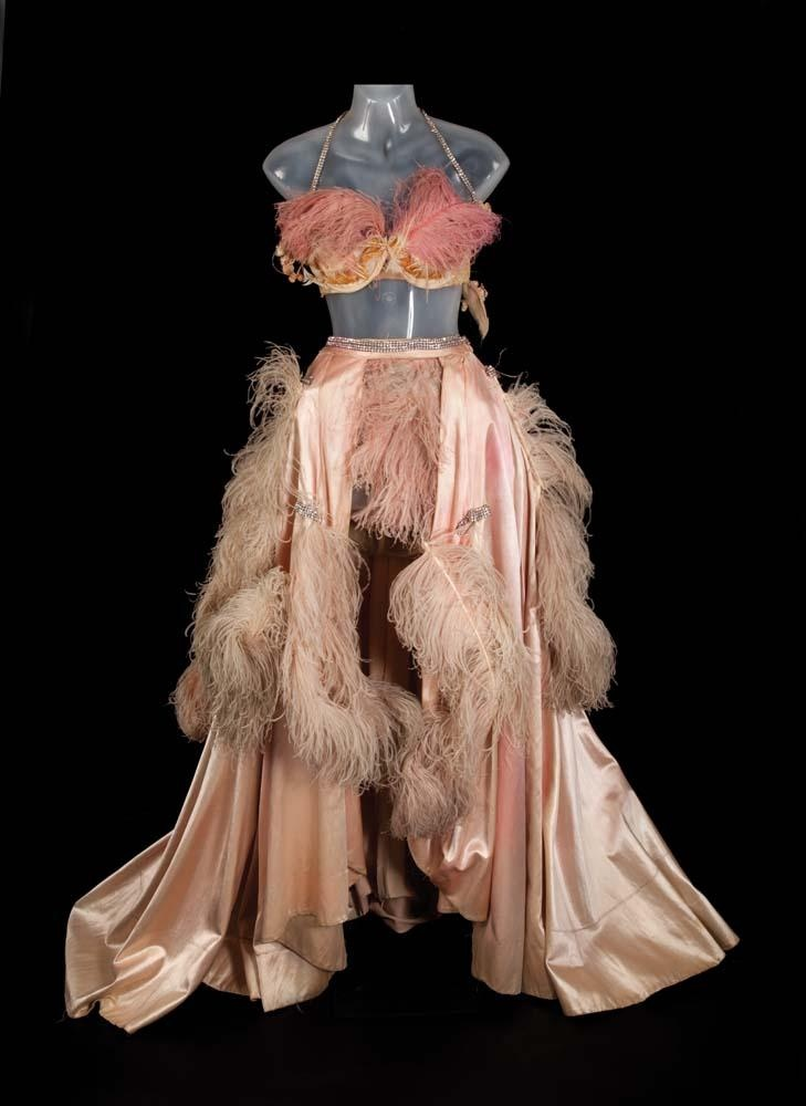 Costume. showgirl. feathers.Pat Dean, Ostrich Feathers, Burlesque Inspiration, Costumes Inspiration, Dean Smith, Dean O'Gorman, Feathers Dresses, Dance Gowns, Pink Satin