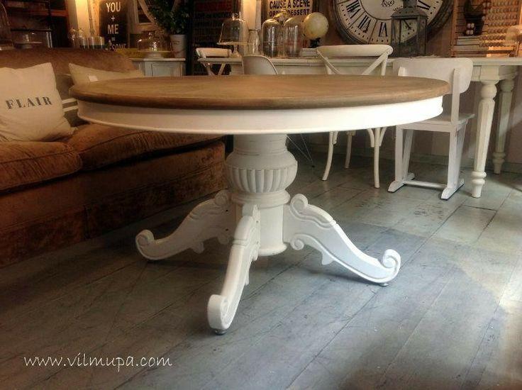 Mesa redonda con tapa de roble. - vilmupa