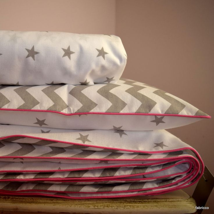 baby girl bedding. 100%COTTON Cot Bed Duvet Cover Set & Fitted Sheet  Stars Chevron Grey  White