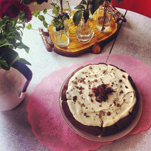 Parsnip Cake with Pecans - Carlijn Potting - Food - Blog - VOGUE Netherlands