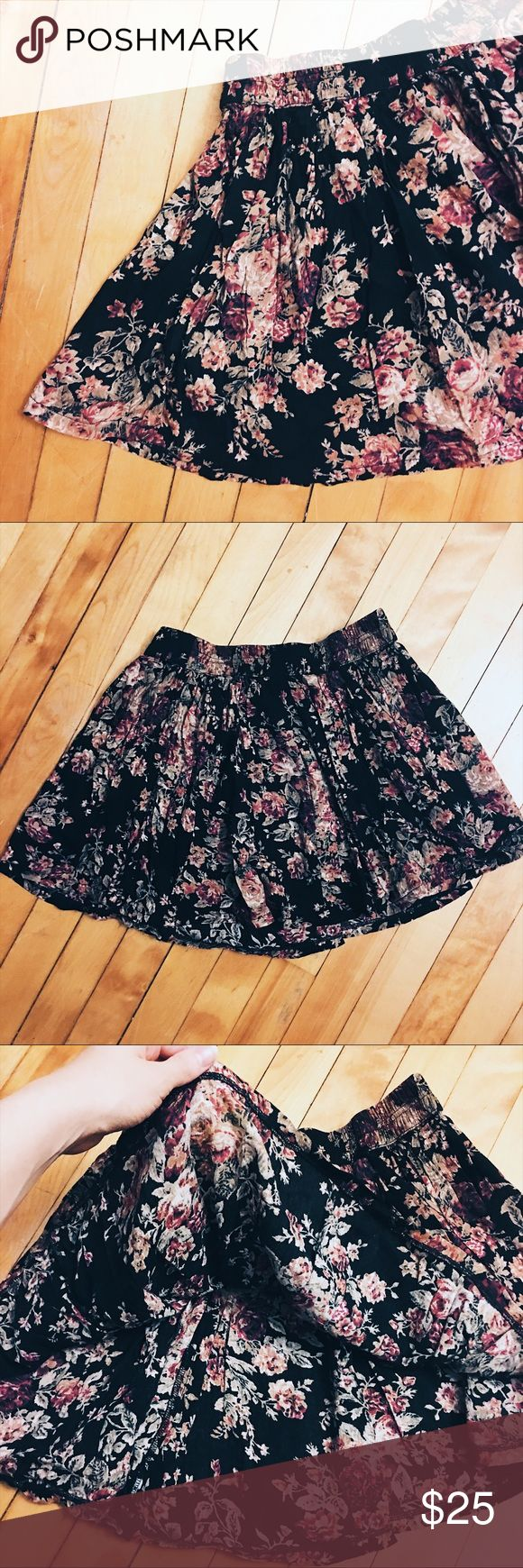 Black Floral Skater Skirt Great condition! Black and floral skater/circle skirt from Denim & Supply - Ralph Lauren. Size small. Includes a synched waist for the perfect fit. Loose and flowy on the bottom. Has a very vintage feel to it. Perfect for summer! 🌸 Denim & Supply Ralph Lauren Skirts Circle & Skater