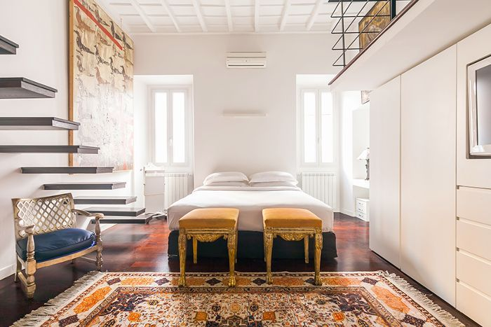 From Milan to Rome, we've rounded up 15 insanely chic Italian homes (that also happen to be available to rent on onefinestay).
