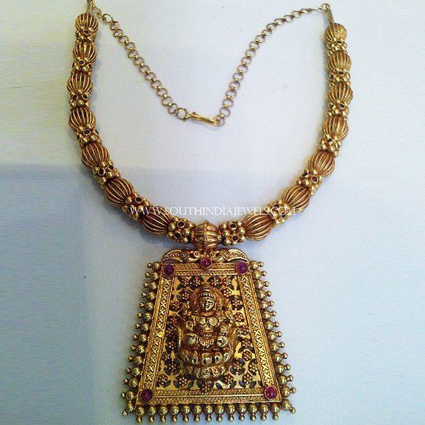 Designer Short Temple Necklace, Gold Short Temple Necklace, 22K Gold Short Temple Necklace Designs.
