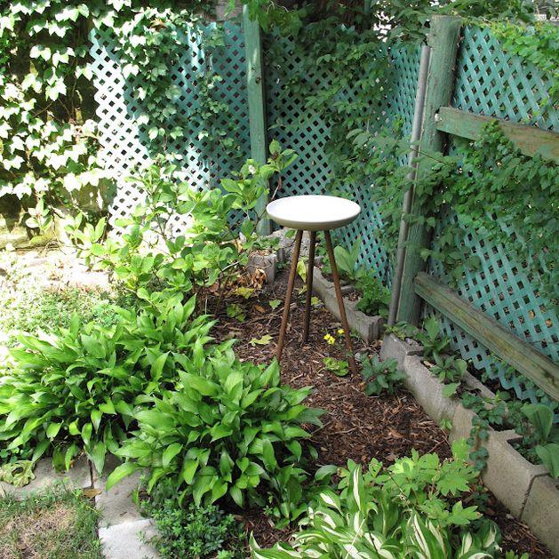 "I love this elegant DIY modern bird bath, using a ""decorator's table"" and an IKEA bowl!"