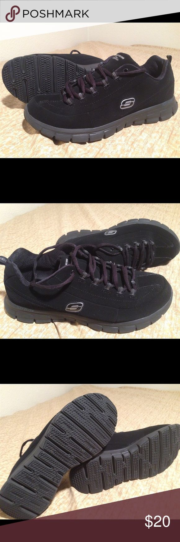 Skechers Elite Size 9 Black Shoes Sneakers Skechers Elite Size 9 Black Shoes Sneakers - Great condition! Well looked after and very lightly worn Skechers Shoes Athletic Shoes