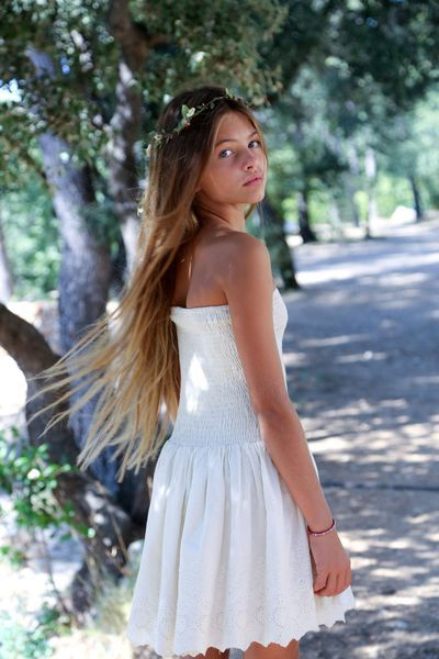 east wareham single girls Sofia andrade, of wareham, massachusetts rita ora continues to promote her new single girls amid backlash from lgbtq musicians over 'harmful' lyrics.