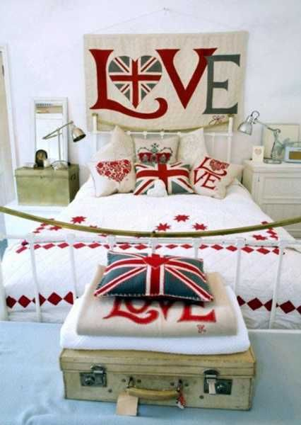 bedroom decor in blue red white color combination and patriotic decoration ideas - Red And White Bedroom Decorating Ideas