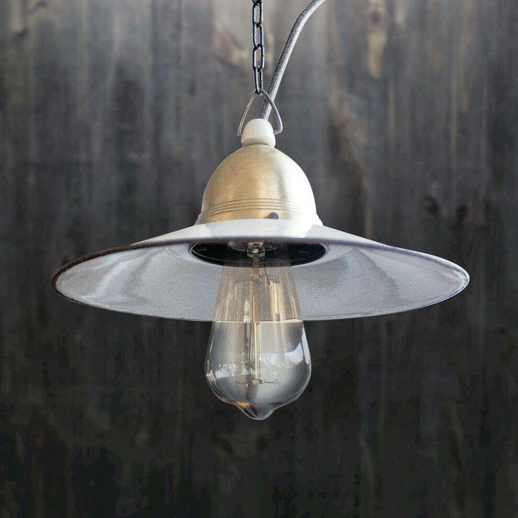 Old industrallamp #loft #altelampe #oldlamp #factory #light #forsale #vintage #loftlamp #bauhaus #retro #industriallamp