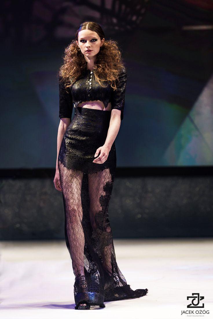 costume design: Malgorzata Dudek, Arachne www.malgorzatadudek.com Likes Festival