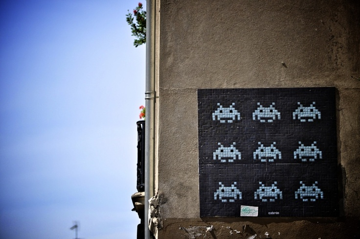 """Space Invader"" - Invader - Street Art Paris - streetartparis.org"