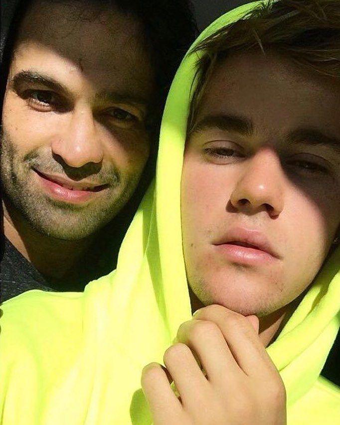 """1,683 свиђања, 96 коментара - Justin Bieber Crew (@jbcrewdotcom) у апликацији Instagram: """"Photo of Justin Bieber spotted out in California today. (January 28)"""""""