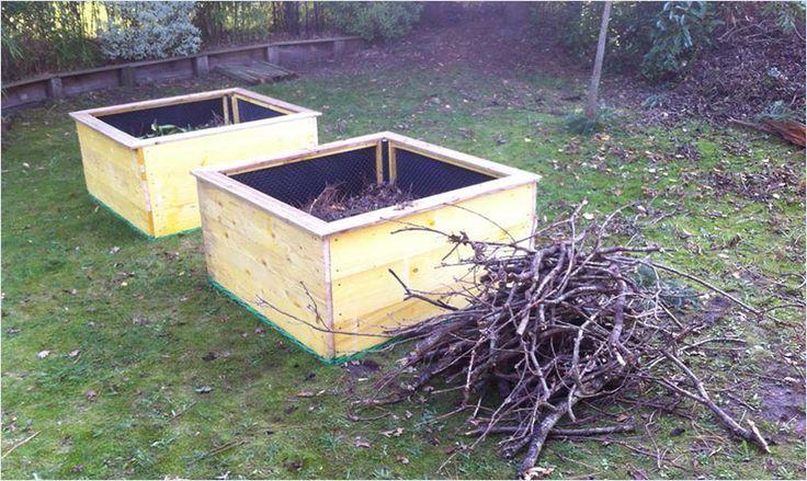 25 best ideas about carre potager en bois on pinterest carr potager bois petit potager and. Black Bedroom Furniture Sets. Home Design Ideas