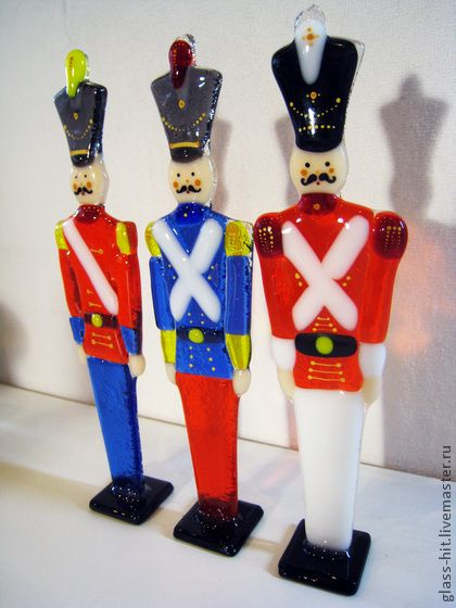 fused glass toy soldiers