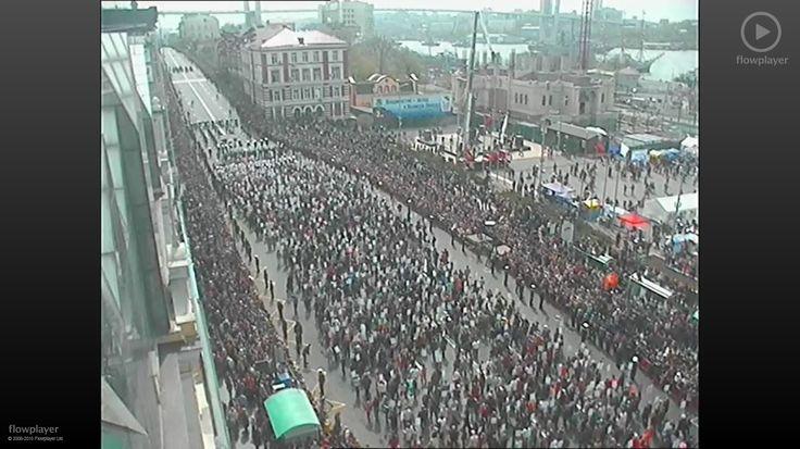 День 70 лет Победы во Владивостоке: Парад на земле, на воде и в воздухе Больше 40 тысяч человек наблюдали военную мощь страны в приморской столице. Бессмертный Полк.