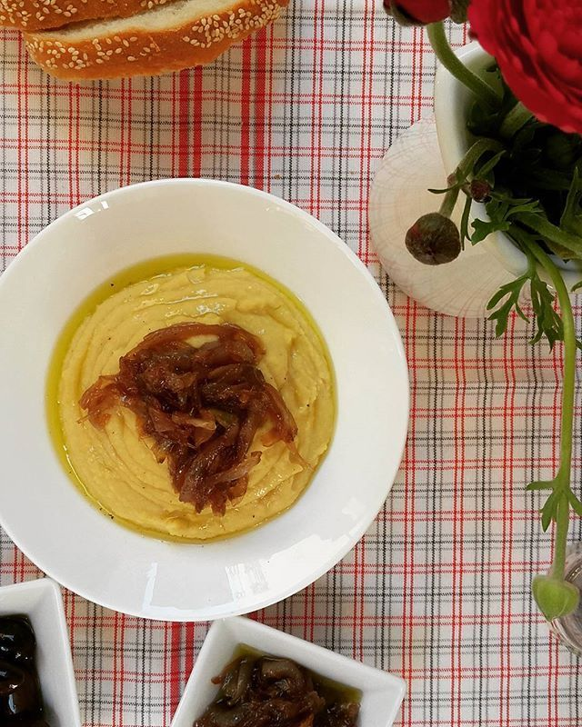 New post #ontheblog 👇Fava bean with caramelized onions 🍃🍃🍃🍃🍃🍃 [link in profile].#newrecipe #ontheblogtoday #fava #favabeans #healthy #caramelizedonions #onions #legumes #healthyeating #vegan #greekdiet #greekcuisine #Lenten #greekfood #huffposttaste #feedfeed #buzzfeedfood #tastespotting #beautifulcuisines #hautecuisines #lifokitchen #lifeandthyme #foodphotography #inmykitchen #tastingtable #onmytable #foodblogger #cookingandart #marion_cookingandart
